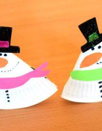 Rocking Paper Plate Snowman   فكرة عمل رجل الثلج بالاطباق الورق
