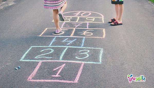 افكار لحفلات يوم الطفل - العاب حركية والعاب القفز بقدم واحد