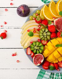 طريقة عمل سلطة الفواكه .. بفواكه الصيف المنعشة