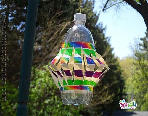 فانوس من زجاجة البلاستيك والورق