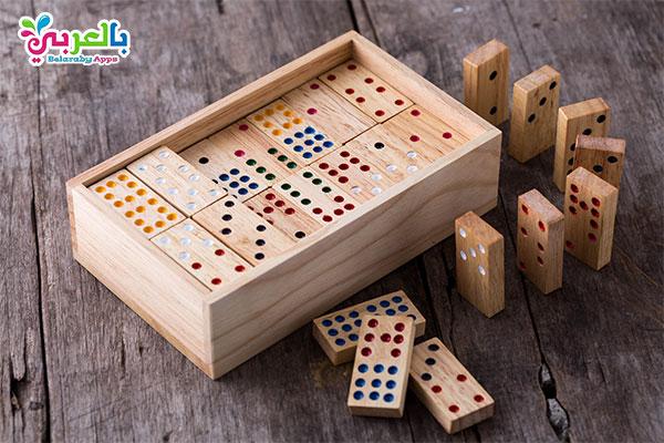 لعبة الدومينو - أفكار للعب وتسلية الأطفال في المنزل