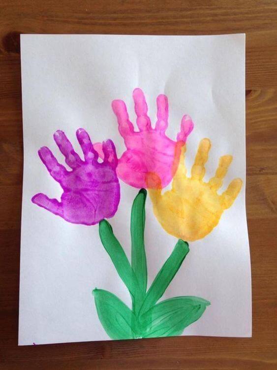 اعمال فنية بالايدي والألوان .. فكرة رسم زهور للأطفال