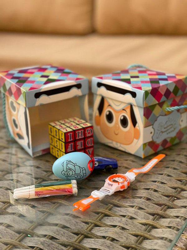 توزيعات العاب العيد للاطفال بالصور