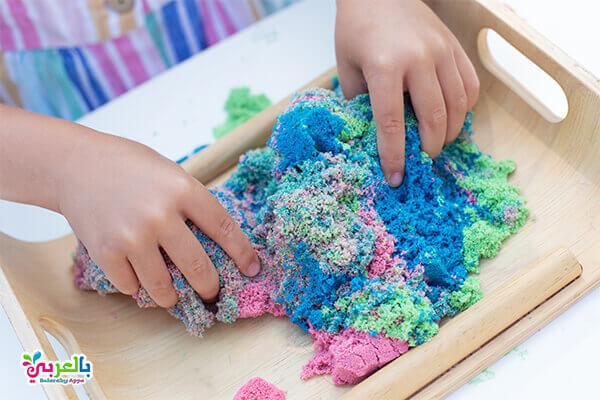 انشطة باستخدام الرمل .. استخدام الرمل الملون