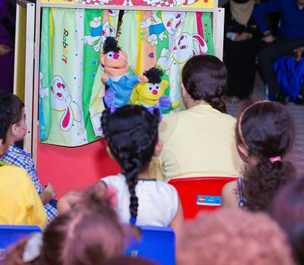 لعبة مسرح العرائس للاطفال - أنشطة للاطفال في أول يوم دراسي